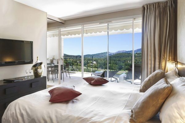 royal-mougins-golf-spa-suite-premium