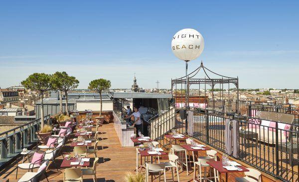 Diner à ciel ouvert et vue imprenable sur Bordeaux